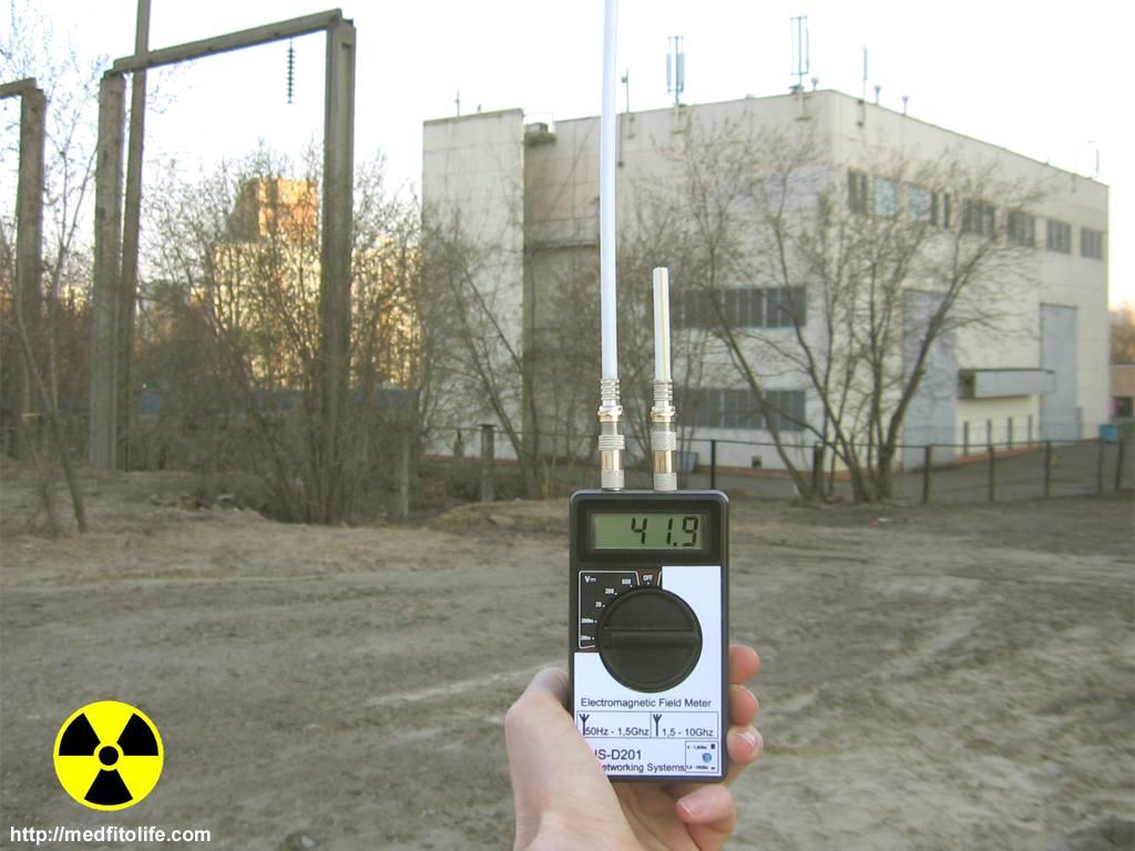 электроподстанция: низкочастотное поле.